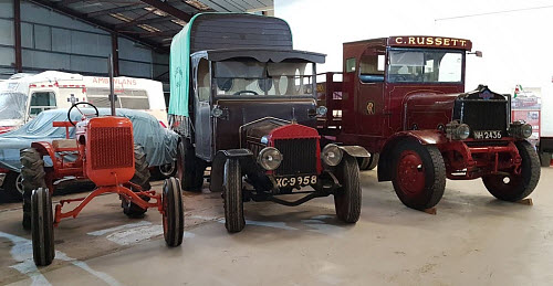 Historic Lorries & Tractor